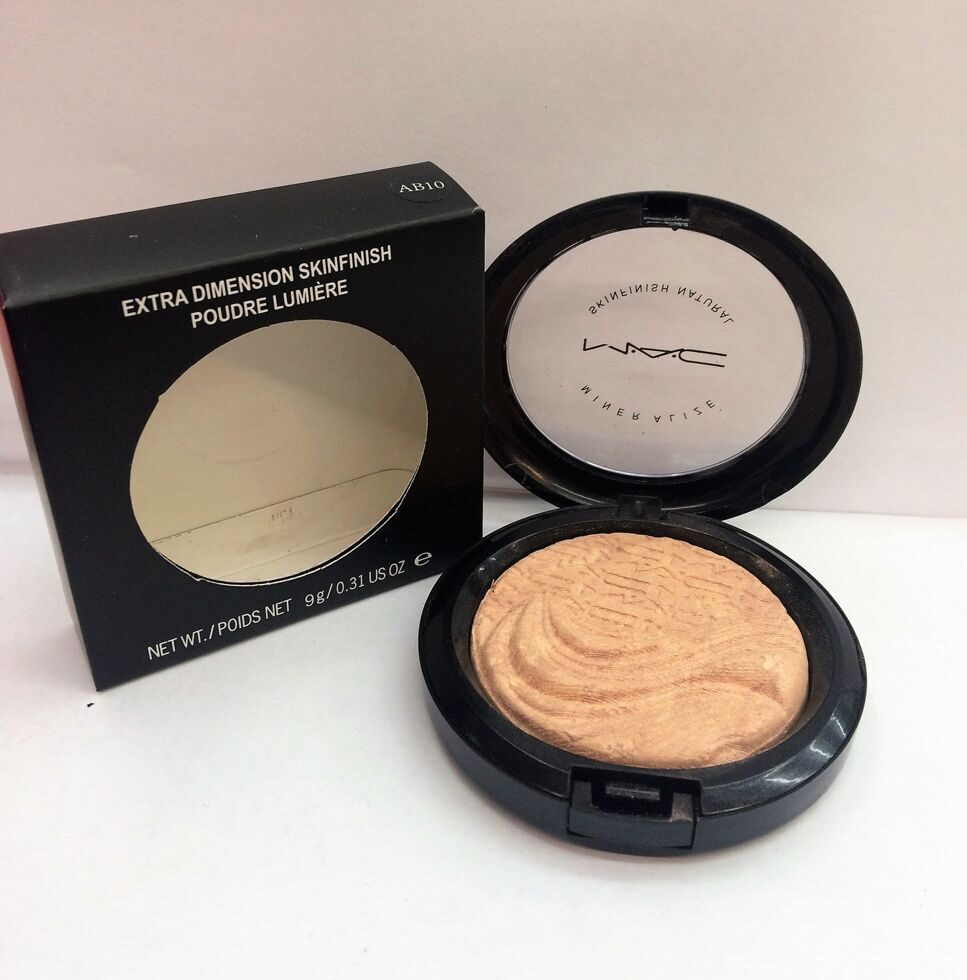 M-A-C AB10 extra dimension skinfinish poudre lumiere