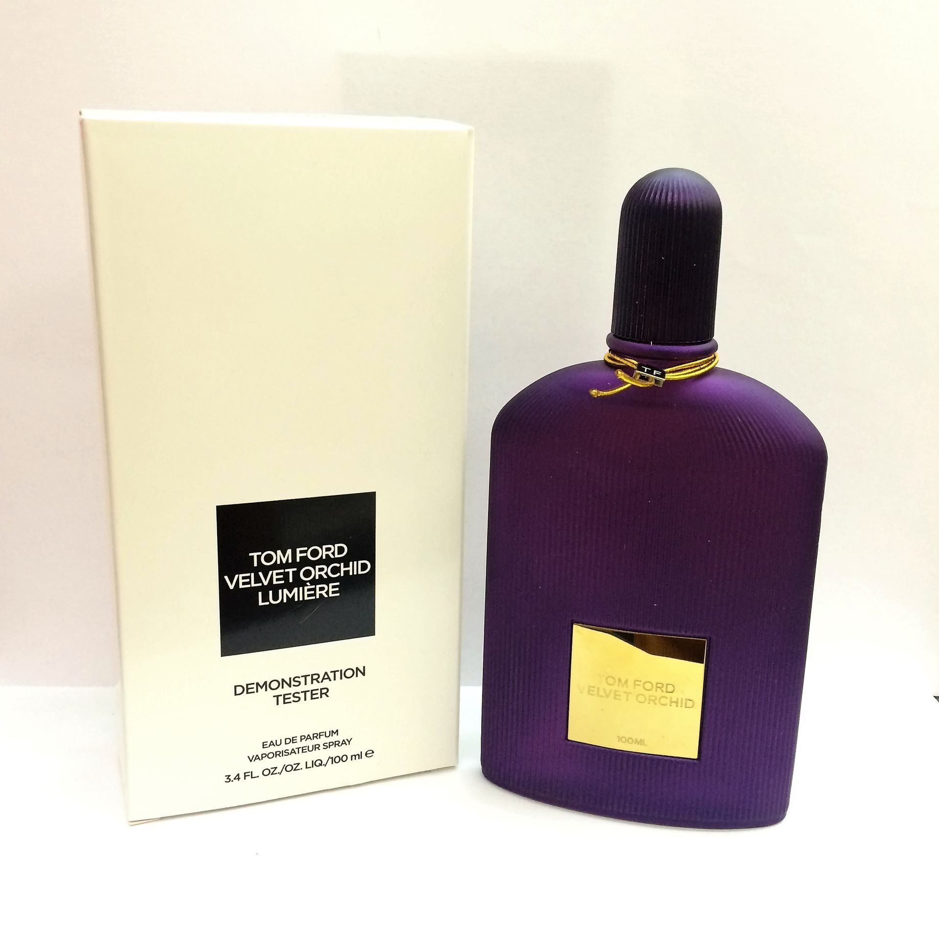 TOM FORD VELVET ORCHID FLOWER