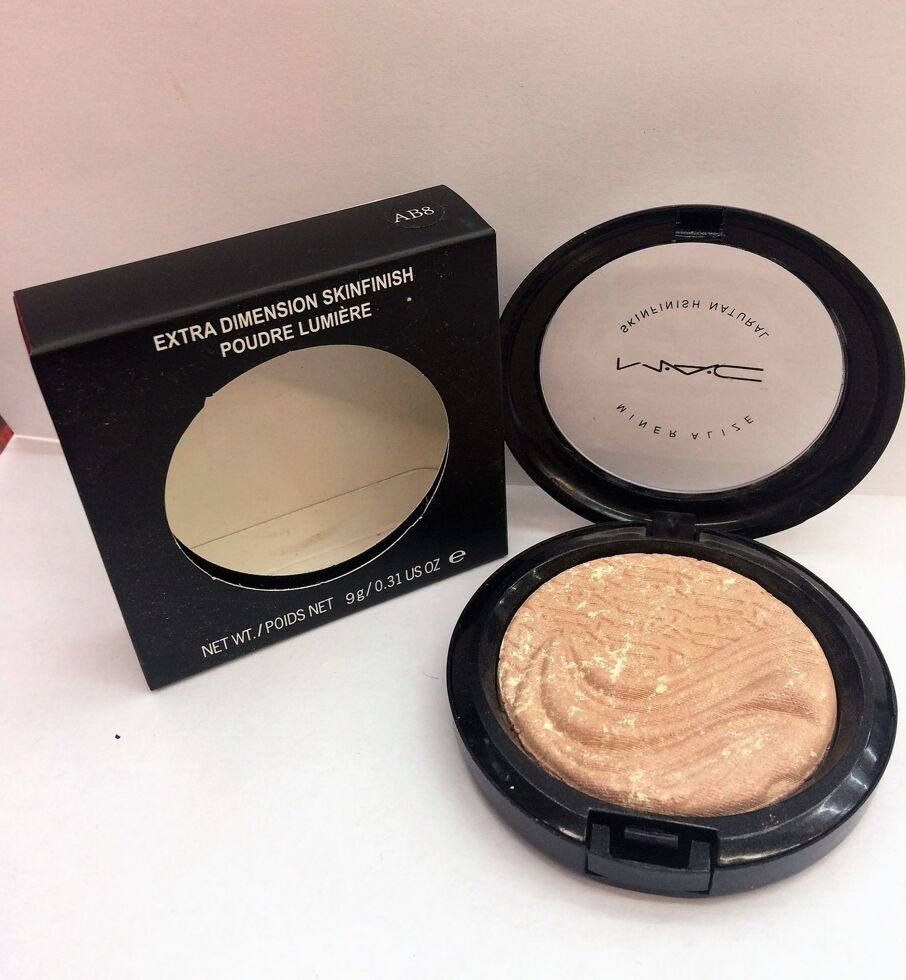 M-A-C AB8 extra dimension skinfinish poudre lumiere